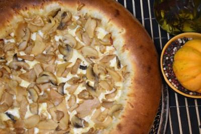 Пицца Классика (пышное тесто)