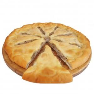 Пирог традиционный с рубленым мясом 1300г.