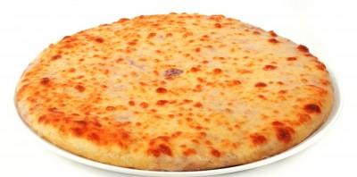 Пирог с мясом и двумя сортами сыра 850г.