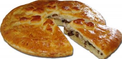 Пирог с курицей, сыром и грибами 1300г.