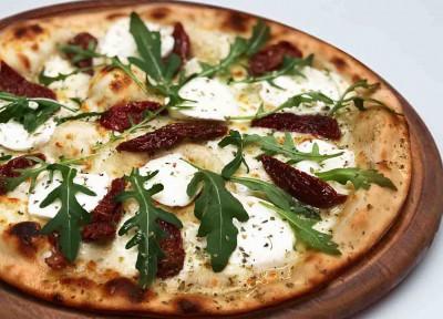 Пицца Грибная с вялеными томатами (тонкое тесто)